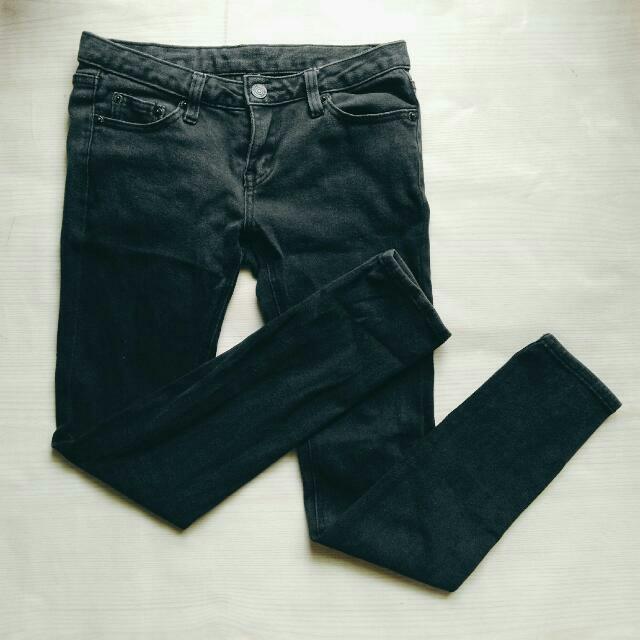 彈性修身牛仔黑長褲