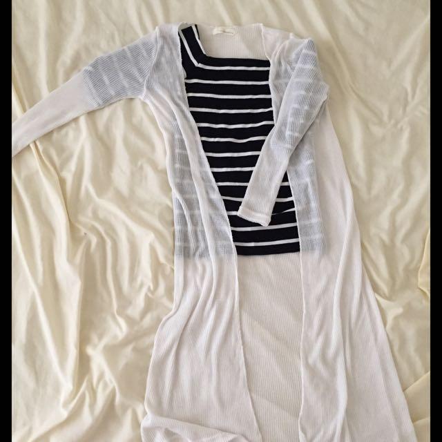 ✨全新✨白色無釦長罩衫