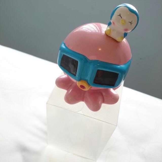 🎊全新🎊   粉紅色章魚頂水藍色企鵝陶瓷存錢桶