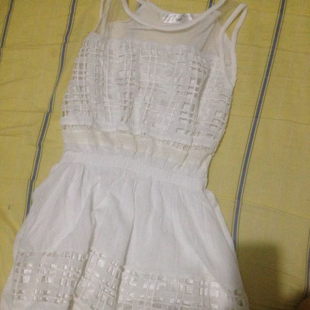 Air Space白色連身裙