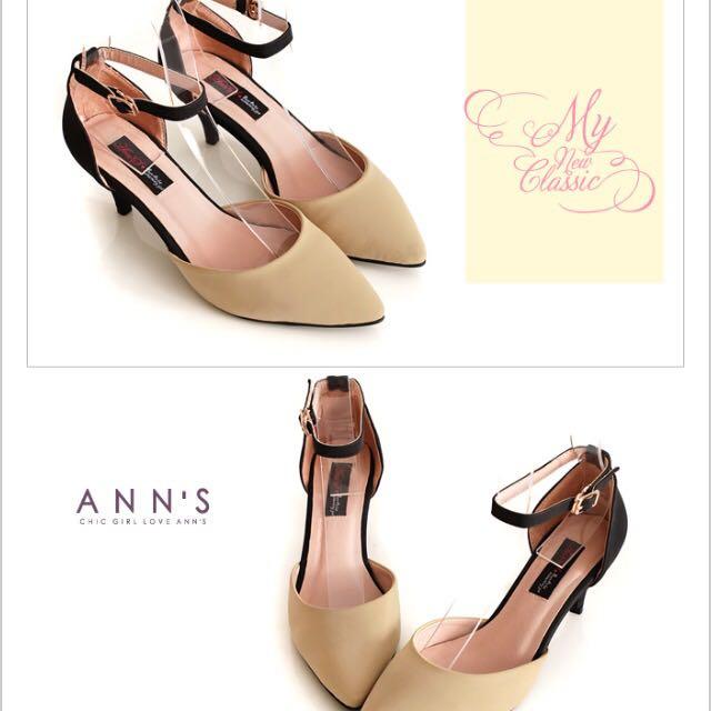 Ann's杏色跟鞋