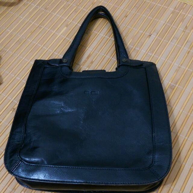 ARTBERG黑色手提包