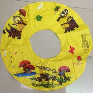 小小兵泳圈