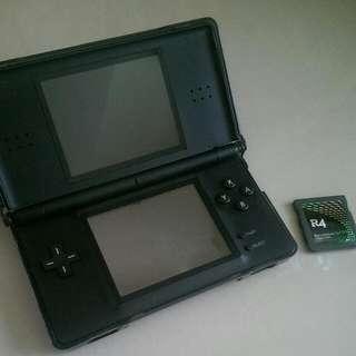 NDSL (NDS Lite)黑色附 R4卡 水晶殼