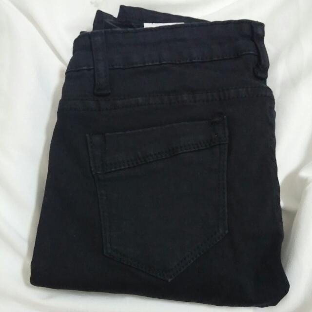 (全新含運)黑色牛仔褲