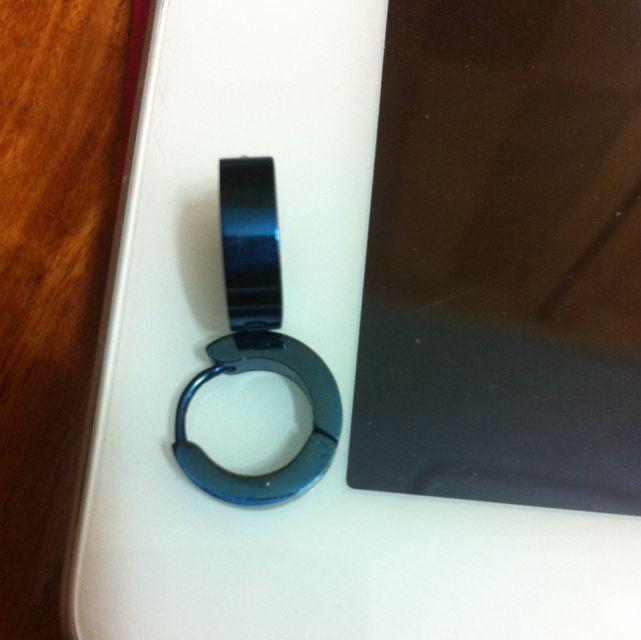 金屬藍色圓環耳環
