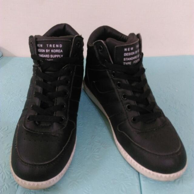 (免運) 韓 黑色內增高球鞋