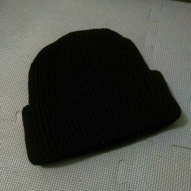 ✨全新✨素面 黑色 毛帽