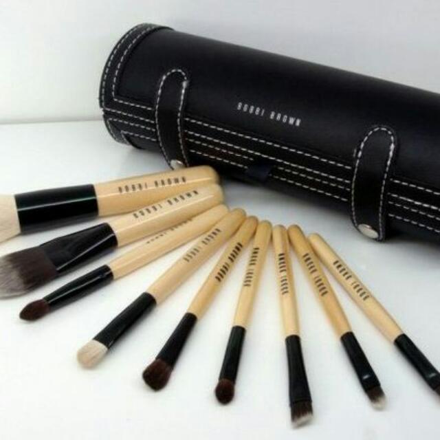 Bobbi Brown限量款9件彩妝刷+刷具圓筒包