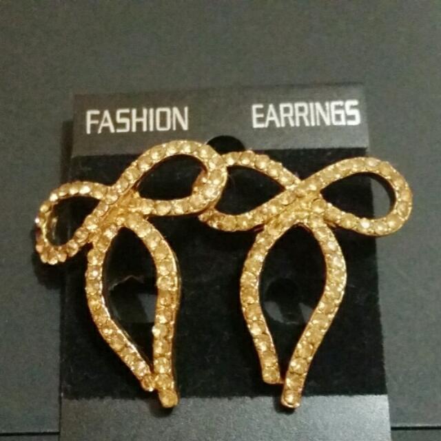Earings, Rings, Accessories