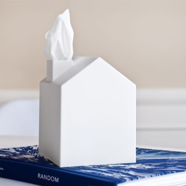 BN Umbra Casa Tissue Box Cover By Mauricio Affonso