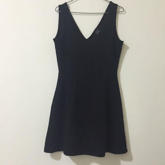 🌟ZARA LBD 超深V 經典黑洋裝 背心裙 有腰身
