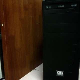 二手 ▪️ 自組的電腦主機加螢幕