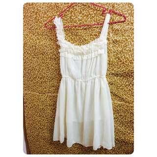 白色短洋裝(全新含運)