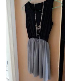 全新無袖縮腰洋裝 (黑色灰裙)
