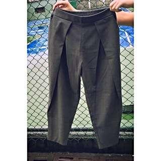X.O.X.O. 設計款灰褲