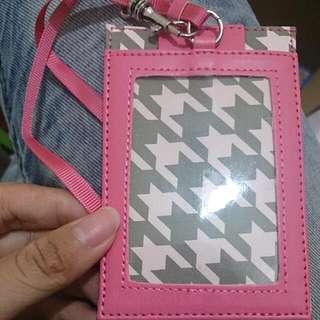 ✨粉紅卡套 ✨