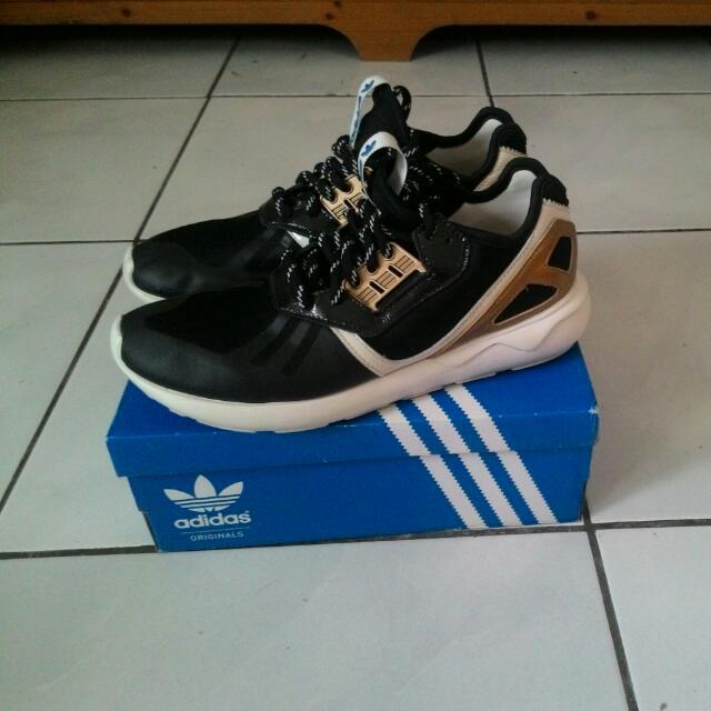 2手Adidas 小y3黑金 Us8有鞋盒