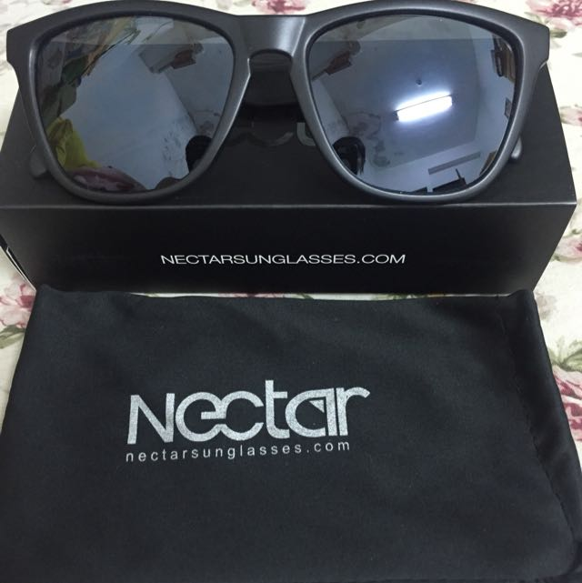 💯800含運 9.99成新NECTAR消光黑 壓不斷太陽眼鏡
