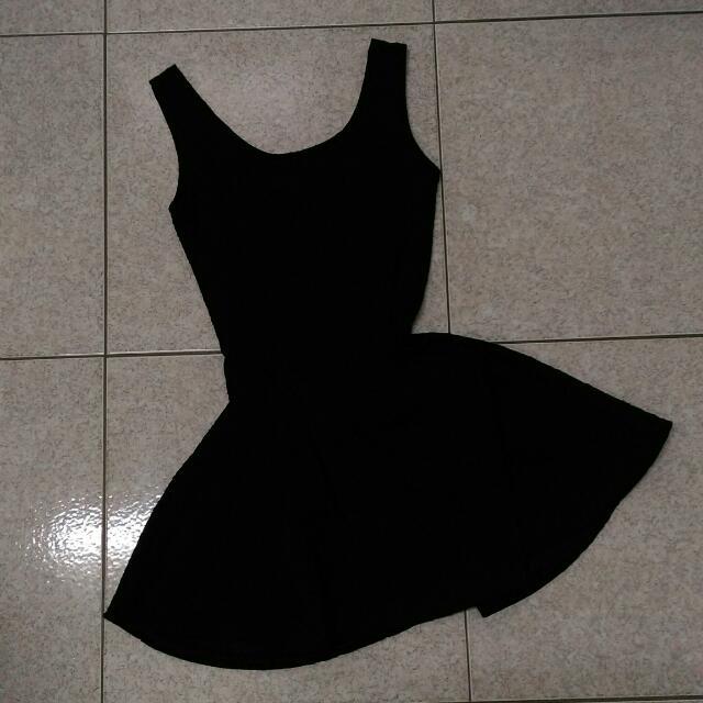 【二手】黑色花紋背心洋裝