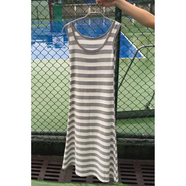 灰白條紋長裙