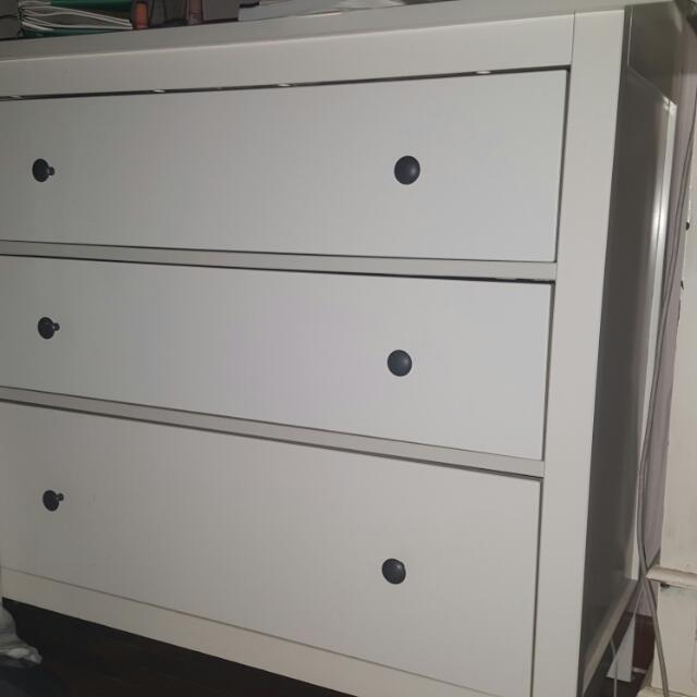 Ikea HEMNES Chest Of 3 Drawers. Almost New