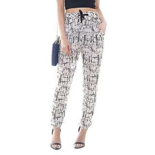 Line Up Abstract Slack Pants In White From Topazette