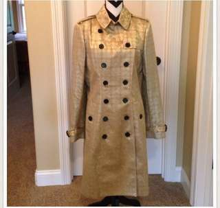 Burberry vintage gold trench coat (DEAD STOCK)