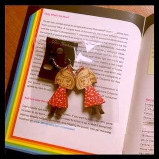 澳洲市集購入 可愛木製小女孩耳環