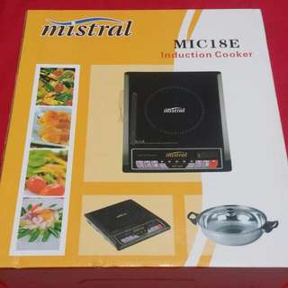 Mistral Induction Cooker with metal crockpot