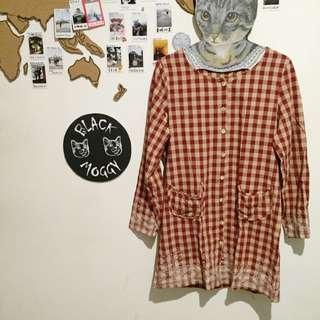 [日本東京]下北澤小店 紅格刺繡長衫