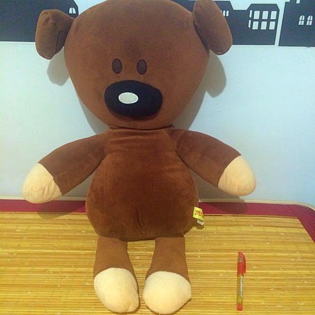 大泰迪熊~(筆是比例尺)