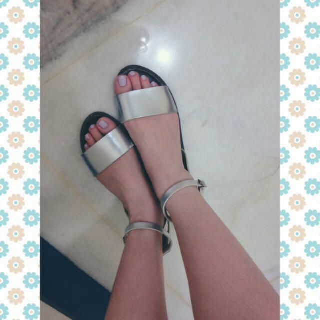 正韓銀色涼鞋