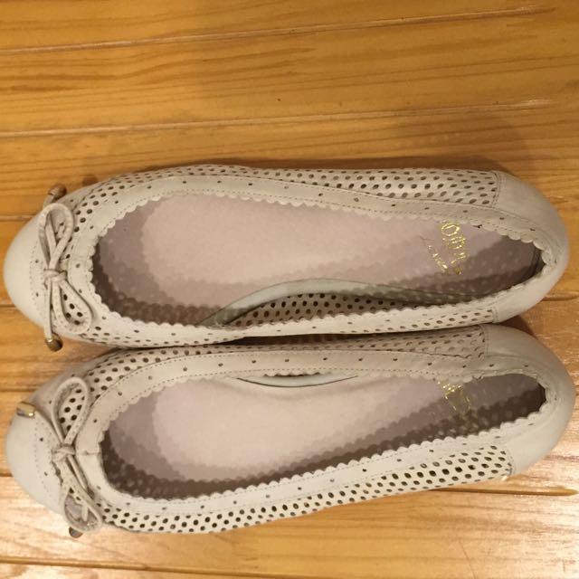 專櫃MODA米白平底娃娃鞋