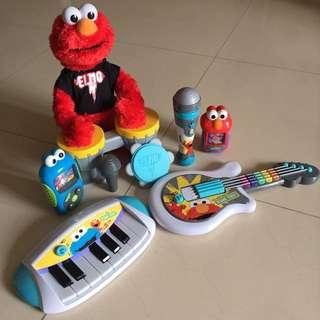 Playskool Sesame Street Let's Rock! Bundled Playset
