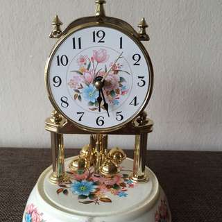 Vintage Country Style Clock