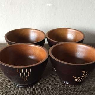 Handcrafted Wooden Bowls (4 Pieces)