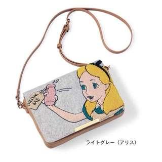 日本Accommode X Disney 愛麗絲款刺繡包