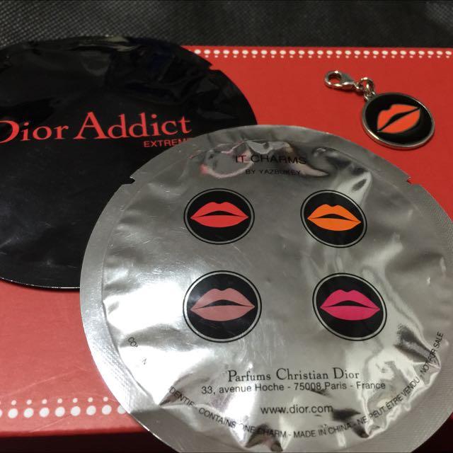 💃全新正品 Dior 嘴唇小吊飾💃
