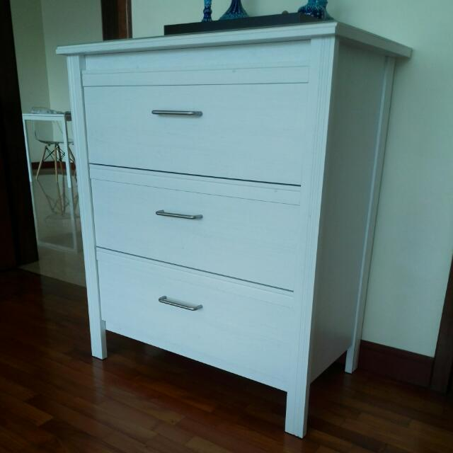 chest black loading drawers ikea is range table image white of s gloss wenge style oak itm bedside