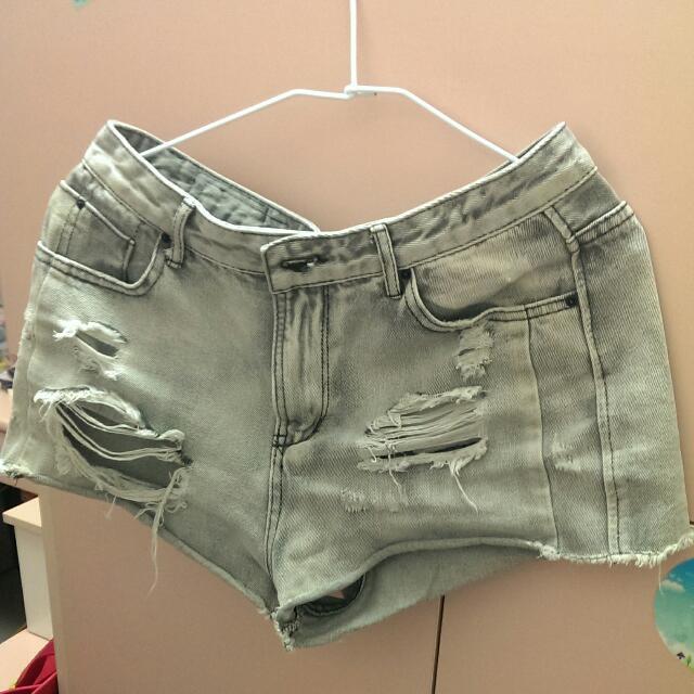 Caco牛仔短褲L