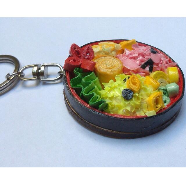 paper quilling keychain - bento box series, Design & Craft