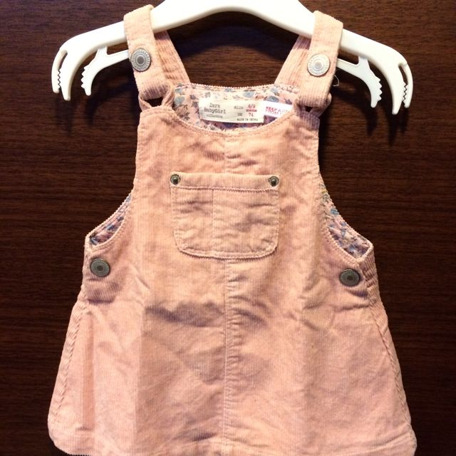Zara Baby登套絨吊帶裙