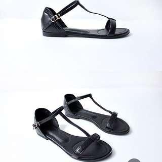 《全新》T字涼鞋