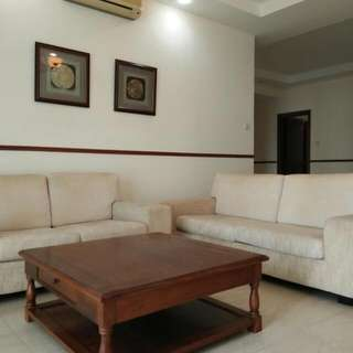 3+2 Sofa With Coffee Table, Pls Call 90109353 for Viewing. Lawrence