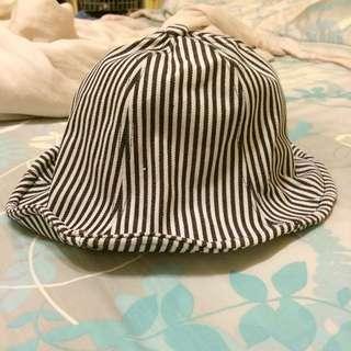 鐵絲條紋漁夫帽