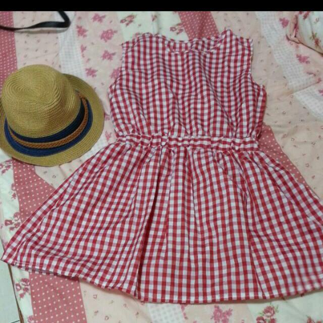 降價紅白格子洋裝