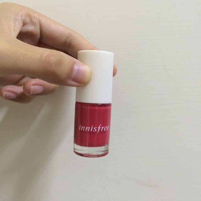 (保留中)Innisfree紅色指甲油(色號4)