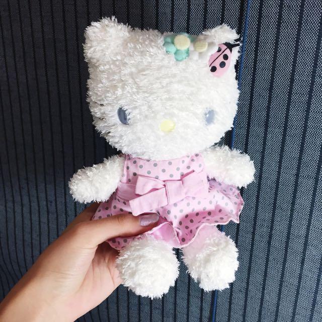 Kitty娃娃