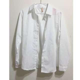 🔺白色襯衫